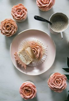 Cappuccino-Flavored Rose Cupcakes - A Cozy Kitchen I learned a lot of lessons from making these cupcakes. The number one thing: if you're a creative person, surround yourself with people who will be brutal with you. Cupcake Recipes, Baking Recipes, Dessert Recipes, Baking Desserts, Cupcake Ideas, Just Desserts, Delicious Desserts, Yummy Food, Yummy Lunch