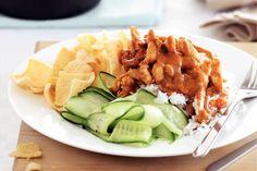Hete kip met komkommersalade - Recept - Allerhande