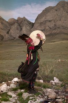 Chaganar, Siberia - Tuvan Shaman performing healing ceremony
