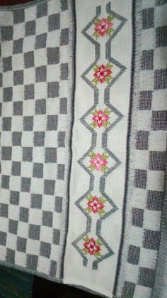 Straight Stitch, Bargello, Diy And Crafts, Cross Stitch, Quilts, Blanket, Dish Towels, Embroidered Towels, Embroidery Sampler