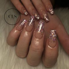 Super ombre nails coffin glitter tips 50 ideas Glitter Fade Nails, Faded Nails, Rose Gold Nails, Nails With Glitter Tips, Gold Sparkle Nails, Acrylic Nails Glitter Ombre, Gold Tip Nails, Acrylic Nail Designs Glitter, Diamond Nails