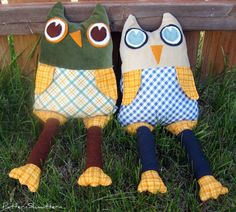 I saw a whimsical stuffed owl in a Pottery Barn Kids catalog , and I thought it would be fun to try. This is my version. It's a bit skinn...