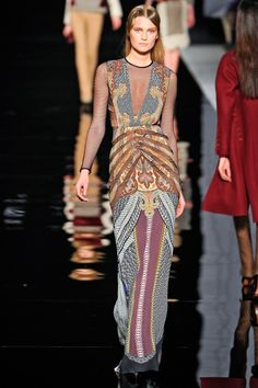 Etro makes me want to wear all my paisleys