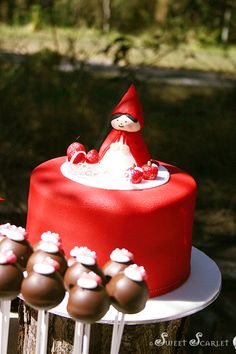 cake little red riding hood