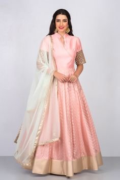 NIYOOSH peach angarkha style anarkali #flyrobe #weddings #indianweddings #mehendioutfits #indianbride #designerwear #anarkali