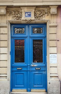 Blue Door, Paris.