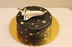 The Cake Engineer: Space Shuttle Cake Buzz Lightyear, Beautiful Cakes, Amazing Cakes, Engineering Cake, Rocket Cake, Mini Cake Pans, Cake Decorating For Beginners, Cupcakes, Novelty Cakes