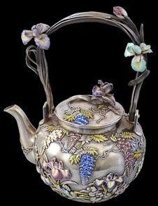 Teapot signed Masazane