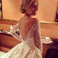 Ellie Saab Oh my god, this is my dream. Beautiful.