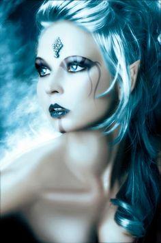 Elf Beauty, Bree Dillow, photo by Toby Granims - Flashpoint Productions Fantasy Women, Dark Fantasy, Fantasy Art, Dragons, Fairy Queen, Fairy Pictures, Make Up Art, Clip Art, Halloween Kostüm