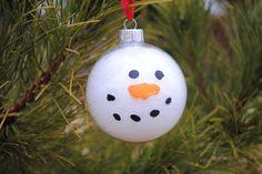 Snowman Ornament for Kids- my kids' teacher did this this year its soooo cute!