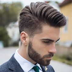 Best Men's Haircuts - Cool Hairstyles For Guys. Whether you want to get an undercut or fade haircut on the sides or a quiff, comb over, pompadour, faux hawk or textured crop on top, here are the most popular cuts and styles. Mens Hairstyles Pompadour, Pompadour Men, Undercut Hairstyles, Men Undercut, Cool Mens Haircuts, Cool Hairstyles For Men, Men's Haircuts, Modern Haircuts For Men, Popular Hairstyles
