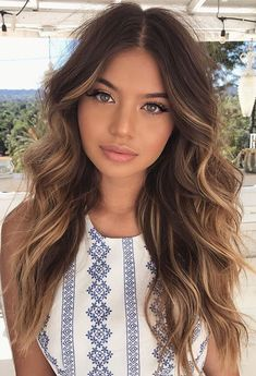 ❤️ Pinterest: DEBORAHPRAHA ❤️ hair #hairstyles #curls #waves #sofia #jamora
