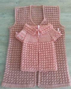 Best 8 Round Yoke Cardigan – Knitting pattern by OGE Knitwear Designs – SkillOfKing. Baby Knitting Patterns, Crochet Poncho Patterns, Knitting Designs, Hand Knitting, Baby Poncho, Hooded Poncho, Baby Cardigan, Girls Sweaters, Baby Sweaters