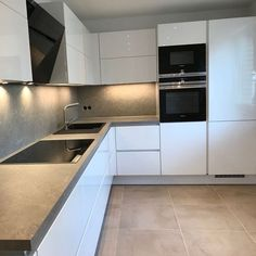 Ff 💖 Uffff . a cozinha está ótima 🤭 🤫 graças ao nosso . Shaker Style Kitchen Cabinets, Shaker Style Kitchens, Home Kitchens, Kitchen Room Design, Home Decor Kitchen, Kitchen Interior, Contemporary Kitchen Design, Cuisines Design, Küchen Design