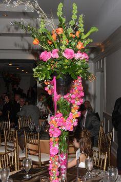 I like the cascading around the vase