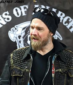 Opie was my favorite after Jax, I still miss him! Sons Of Anarchy Motorcycles, Remember The Titans, Ryan Hurst, Charlie Hunnam, Celebs, Celebrities, Best Shows Ever, Best Tv, Bearded Men