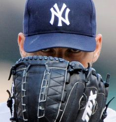 Andy Pettitte Returns To The Bronx Lineup: 05/13/12    Andy Pettitte returns to the Bronx today