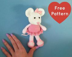 100% Free Pattern, Ballerina Mouse, Not available to download but there are written instructions to follow.
