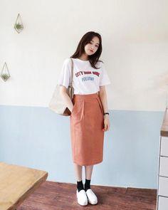 Ideas for moda coreana korean style 2019 Korean Fashion Trends, Korean Street Fashion, Korea Fashion, Asian Fashion, Look Fashion, Fashion Design, Fashion Styles, Fashion Ideas, Cheap Fashion