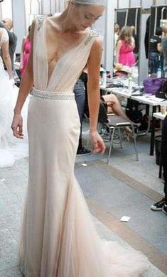 Zahavit Tshuba Naama: buy this dress for a fraction of the salon price on PreOwnedWeddingDresses.com