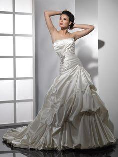 2014 Style A-line Sweetheart Ruffles Sleeveless Court Trains Taffeta Wedding Dresses For Brides
