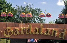 Das Gardaland ist eine der großen Attraktionen am Gardasee und Norditalien. Hier bekommt ihr viele Infos, Tipps und Bilder für den Besuch des Erlebnisparks.