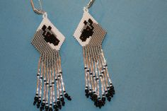 Another pair of beaded earrings you can find on my website: thatbeadedearringlady.blogspot.com