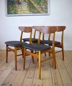 beautiful set of four teak dining chairserik buck, 302-3