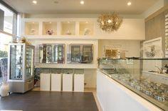 Modern Coffee Shop Interior Design and Bar Furniture