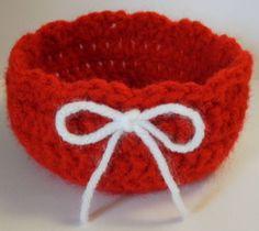 Free Valentines Day Basket Crochet Pattern ~ free pattern