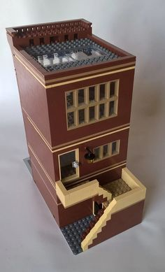 Morecitybricks recently constructed two buildings, the fancy Plaza Hotel and the Highlander Luggage shop. Each modular building is three stories and includes p