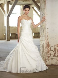 Strapless Sweetheart Ruched Bodice Simple Wedding Dresses
