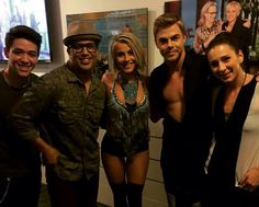 Derek, Jules, Kyle with NabbyTabs backstage at ELLEN
