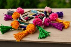 Beads pompon and tassels = love Jewelry Collection, Tassels, Clay, Jewels, Beads, O Beads, Beading, Jewelery, Pearls