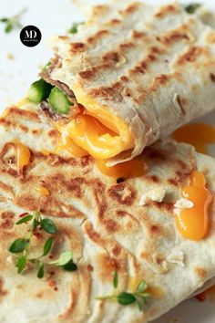 Mexican Food Recipes, Healthy Recipes, Ethnic Recipes, Tortilla Burrito, Polish Recipes, Wrap Sandwiches, Food And Drink, Tasty, Food Porn
