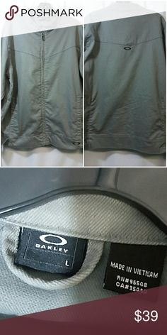 16b8391ff5a Oakley jacket size large Oakley jacket size large gray in color materials  are 74% cotton