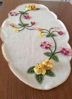 This Pin was discovered by Nil Embroidery Motifs, Ribbon Embroidery, Embroidery Designs, Felt Crafts, Diy And Crafts, Drawing Room Furniture, Creative Embroidery, Felt Applique, Bargello