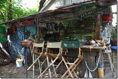 43 Ideas for backyard bar shed tiki hut Backyard Layout, Backyard Gazebo, Backyard Patio Designs, Backyard Retreat, Patio Ideas, Outdoor Ideas, Backyard Ideas, Modern Hot Tubs, Bar Shed