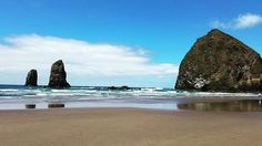 Cannon Beach, Haystack Rock. I drove straight to (the street of) the Goonies house followed by a quick stroll through Astoria, OR and then on to Cannon Beach! Watching the birds swooping in and out of their nests on Haystack Rock was a highlight for me during my combined 12 mile beach walk on Wednesday. #pnwlife #pnw #oregon #cannonbeach #haystackrock #beach #pnwonderland #wildernessculture #westcoast #pacificbeach #pacificbeachlocals #sandiegoconnection #sdlocals #sandiegolocals - posted by…