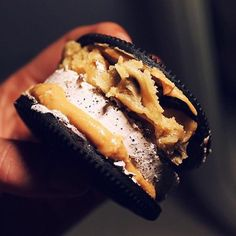 Edible gourmet cookie dough delivered dough to door in the UK & Ireland.