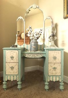 Gorgeous blue and white vanity from Claudia Circey post
