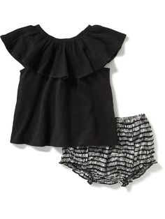 Ruffle Top & Bloomer Set for Baby Product Image Baby Girl Fashion, Toddler Fashion, Kids Fashion, Black Kids, Cute Baby Clothes, Baby Love, Baby Dress, Toddler Girl, Kids Outfits