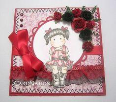 1月の誕生石「ガーネット」をイメージしたカードです。