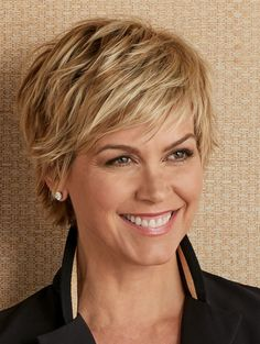Short Bob Hairstyles For Women With Different Type Of Hair & Face - Stylendesigns Short Layered Hair Short Layered Haircuts, Best Short Haircuts, Short Hairstyles For Women, Bob Hairstyles, Layered Short Hair, Pixie Haircuts, Haircut Short, Wedge Hairstyles, Thick Short Hair