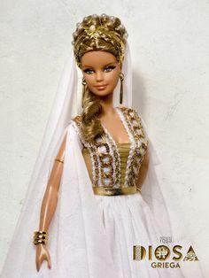 "Greek Goddess of the collection ""Diosas"" Beautiful Barbie Dolls, Vintage Barbie Dolls, Barbie Gowns, Barbie Clothes, Barbie Stil, Barbie Miss, Barbie Costume, Barbie Collection, Barbie Friends"