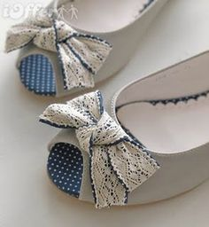Cute lace bows - diy shoe refashion? Now i need to find my bday dress to match these GOODWILL TIME