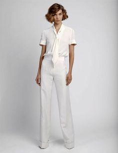 My neat freak tendencies love this all white, clean look.