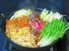 """Sukiyaki with bean sprout & shoots of kongxincai"" - japanese recipe/子大豆もやしと空心菜の新芽のすき焼き"