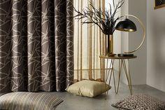 Pernele decorative sunt excelente pentru completarea decorului, dar și pentru confortul tău. La Your Design vei găsi perne de diferite dimensiuni, realizate la comandă și personalizate exact așa cum îți dorești. Așteptăm comenzile voastre la adresa: office@yourdesign.ro . Cu drag, Echipa Your Design #yourdesignshowroom #yourdesign #interiordesign #designdeinterior #happiness #decoratiuniferestre #pernedecorative #pernetipfantezie #perdele #draperii #homedecor #bumbac #atelieryourdesign… Ammonite, Patterns In Nature, Diamond Pattern, Upholstery, Curtains, Interior, Home Decor, Tapestries, Blinds